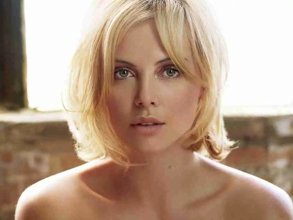Fullsize Of Charlize Theron Height