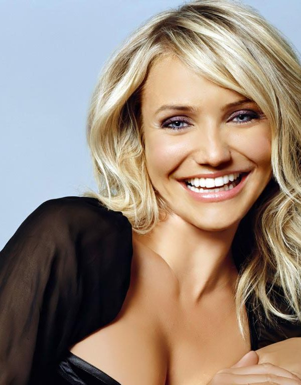 Cameron Diaz height 44