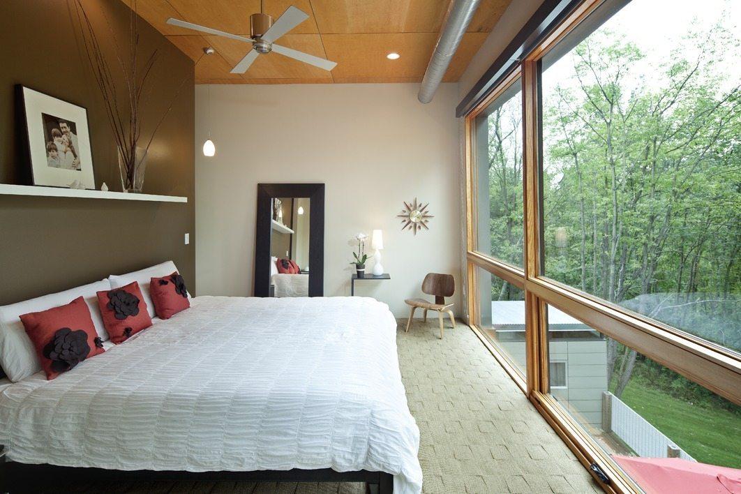 Wiz Khalifa's House bedroom