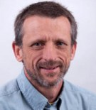 د. كولين آلين، دكتور الفلسفة في جامعة أنديانا، ومحرر في موسوعة ستانفورد للفلسفة