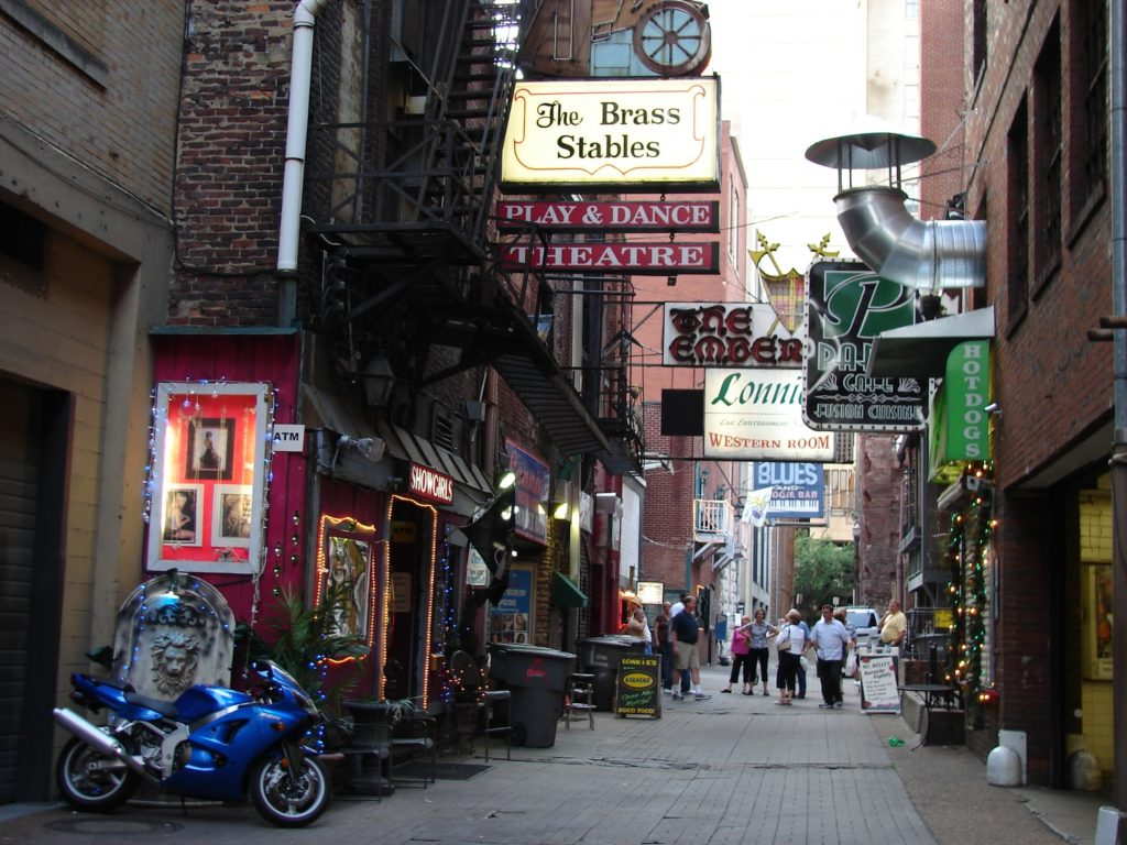 Merchants Nashville The Ultimate Guide To A Weekend In Nashville Helene In