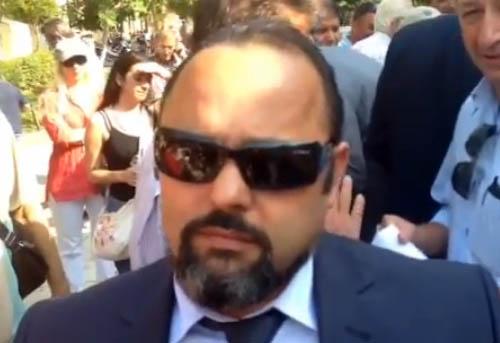 """Δεν είναι ο πράκτωρ ...007. Είναι ο Αρτέμιος Σώρρας, κατά φαντασία """"τρισεκατομμυριούχος""""..."""