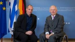 FILE PHOTO: Στον Γιάνη Βαρουφάκη έκανε την πρόταση για Grexit, ο ΓΕρμανός υπουργός Οικονομικών Σόιμπλε. Φωτογραφία EPA, ΑΠΕ-ΜΠΑ