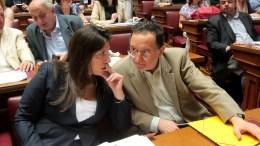 Ο Παναγιώτης Λαφαζάνης συνομιλεί με την πρόεδρο της Βουλής Ζωή Κωνσταντοπούλου.. ΑΠΕ-ΜΠΕ/ΑΠΕ-ΜΠΕ/Παντελής Σαίτας
