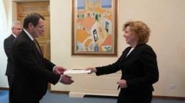 Φωτογραφία Αρχείου: Η πρέσβειρα των ΗΠΑ στη Λευκωσία Καθλίν Αν Ντόχερτι με τον Πρόεδρο tης Κυπριακής Δημοκρατίας, Νίκο Αναστασιάδη. Φωτογραφία ΚΥΠΕ, ΣΤ. ΙΩΑΝΝΙΔΗΣ