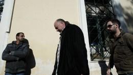 Ο επιχειρηματίας Αχιλλέας Μπέος οδηγείται στα δικαστήρια της οδού Ευελπίδων. Φωτογραφία αρχείου. ΑΠΕ-ΜΠΕ/ΑΠΕ-ΜΠΕ/STR
