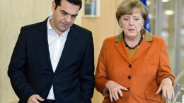 FILE PHOTO: Prime Minister Alexis Tsipras (L) and German Chancellor Angela Merkel (R). FILE PICTURE. EPA, STEPHANIE LECOCQ