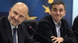Ο επίτροπος Οικονομικών Υποθέσεων της Ευρωπαϊκής Ένωσης, Πιερ Μοσκοβισί (Α), με τον υπουργό Οικονομικών, Ευκλείδη Τσακαλώτο (Δ), ΑΠΕ-ΜΠΕ, ΣΥΜΕΛΑ ΠΑΝΤΖΑΡΤΖΗ