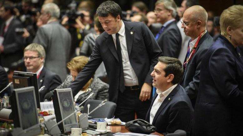 Ο πρωθυπουργός Αλέξης Τσίπρας με τον Ιταλό ομόλογό του, στις Βρυξέλλες. Φωτογραφία ΜΕΓΑΡΟ ΜΑΞΙΜΟΥ