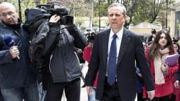 Ο γγ της κυβέρνησης  Σαμαρά Παναγιώτης Μπαλτάκος (2Δ) προσέρχεται στην Εισαγγελία Πρωτοδικών, προκειμένου να καταθέσει για το βίντεο Κασιδιάρη,. Φωτογραφία Αρχείου.  ΑΠΕ-ΜΠΕ/ΓΙΑΝΝΗΣ ΚΟΛΕΣΙΔΗΣ
