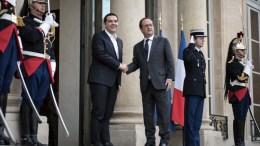 ΦΩΤΟΓΡΑΦΙΑ ΑΡΧΕΙΟΥ. Τον Πρωθυπουργό, Αλέξη Τσίπρα δέχθηκε ο πρόεδρος της Γαλλικής Δημοκρατίας, Φρανσουά Ολάντ. ΑΠΕ-ΜΠΕ, ΓΡΑΦΕΙΟ ΤΥΠΟΥ ΠΡΩΘΥΠΟΥΡΓΟΥ, Andrea Bonetti