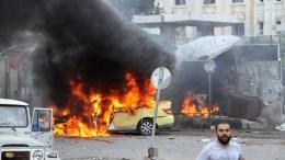 Πολλοί νεκροί και τραυματίες από βομβιστικές επίθεσεις με παγιδευμένα αυτοκίνητα. ΦΩΤΟΓΡΑΦΙΑ ΑΡΧΕΙΟΥ. EPA, SANA HANDOUT EDITORIAL USE ONLY