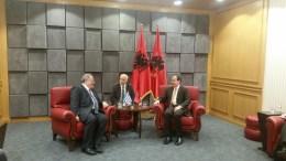 Ο υπουργός Εξωτερικών Νίκος Κοτζιάς με τον Αλβανό Πρόεδρο B. Nishani. Φωτογραφία ΥΠΟΥΡΓΕΙΟ ΕΞΩΤΕΡΙΚΩΝ
