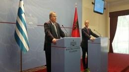 File Photo: Οι υπουργοί Εξωτερικών Ελλάδας και Αλβανίας προβαίνουν σε δηλώσεις μετά την συνάντησή τους. Φωτογραφία υπουργείο Εξωτερικών.