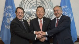 File Photo: Secretary-General Ban Ki-moon (centre) meets with Nicos Anastasiades (left), President of the Republic of Cyprus, and Mustafa Akinci.   UN Photo/Isaac Billy