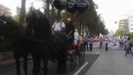 Μεγάλη πορεία διαμαρτυρίας για τις ελλείψεις στο σύστημα υγείας πραγματοποιήθηκε στη Θεσσαλονίκη. Φωτογραφία Έθνος.