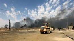 Ο υπό την ηγεσία των ΗΠΑ στρατιωτικός συνασπισμός κατέστρεψε ένα κέντρο διοίκησης της οργάνωσης Ισλαμικό Κράτος στη Μοσούλη. Πληροφορίες για θανάτους αμάχων. EPA, AHMED JALIL