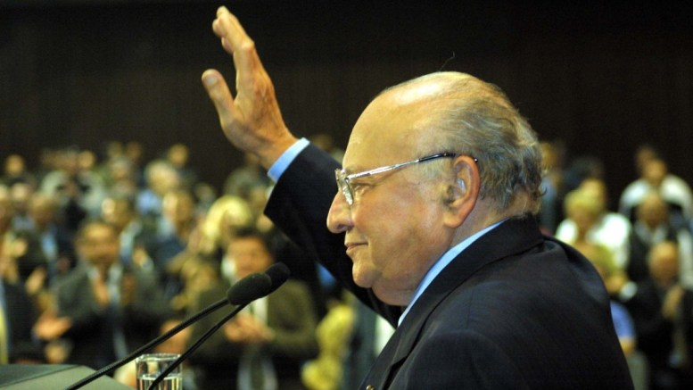File Photo: Ο τέως Πρόεδρος της Κυπριακής Δημοκρατίας Γλαύκος Κληρίδης. Φωτογραφία Αρχείου ΚΥΠΕ