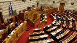 Ο υπουργός Επικρατείας Νίκος Παππάς μιλά στη συζήτηση τροπολογιών στη Βουλή, Πέμπτη 3 Νοεμβρίου 2016. ΑΠΕ-ΜΠΕ/Παντελής Σαίτας