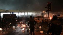 20 injured in explosion against Riot Police near Besiktas's stadium Vodafone Arena in Istanbul. Photo via Twitter, @TReport