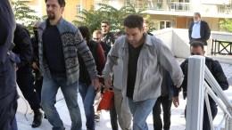 Νομικά απαράδεκτο το αίτημα έκδοσης των δύο εκ των οκτώ Τούρκων αξιωματικών, λέει η εισαγγελέας έδρας του Αρείου Πάγου. ΑΠΕ-ΜΠΕ/ΠΑΝΤΕΛΗΣ ΣΑΪΤΑΣ