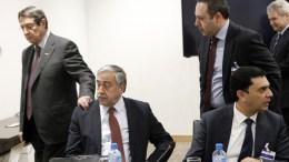 Ο Πρόεδρος της Δημοκρατίας Αναστασιάδης με τον κατοχικό ηγέτη Ακιντζί, στη Γενεύη. Φωτογραφία Κάτια Χριστοδούλου , ΚΥΠΕ