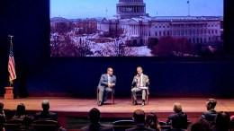 Ο Εντι Ζεμενίδης του HALC με τον υφυπουργό Εξωτερικών των ΗΠΑ Τζόναθαν Κοέν. Φωτογραφία via Twitter, @HellenicLeaders