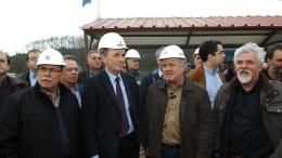 """Ο υπουργός Ενέργειας και Περιβάλλοντος, Γιώργος Σταθάκης 5"""" όπου ενημερώνεται από τα στελέχη της ΔΕΗ και τον Διευθηντή του ορυχείου κατά την επίσκεψή του στο ορυχείο Νότιου Πεδίου της ΔΕΗ Κοζάνης- Πτολεμαΐδας. ΑΠΕ-ΜΠΕ, ΔΗΜΗΤΡΗΣ ΣΤΡΑΒΟΥ"""