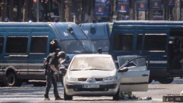 FILE PHOTO. Police operation  in France. EPA, CHRISTOPHE PETIT TESSON