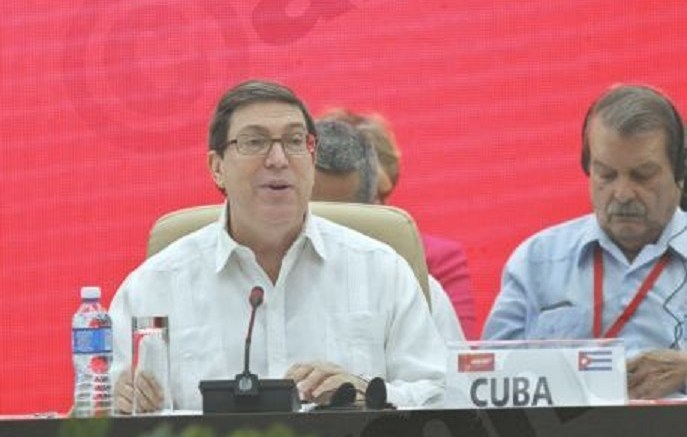 Cuban Foreign Minister, Bruno Rodriguez (L), talks during a speech. FILE PHOTO. EPA/ERNESTO MASTRASCUSA