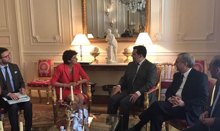 Διμερείς σχέσεις, αμυντική συνεργασία ΕΕ, τρομοκρατία και Κυπριακό στη συνάντηση ΥΠΑΜ με Γαλλίδα ομόλογό του. Φωτογραφία ΚΥΠΕ.