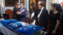Η Ντόρα Μπακογιάννη προσέρχεται στο λαϊκό προσκύνημα του πρώην πρωθυπουργού Κωνσταντίνου Μητσοτάκη Αγία Μαγδαληνή Χαλέπας, στα Χανιά, Πέμπτη 1 Ιουνίου 2017. Η κηδεία του πρώην πρωθυπουργού Κ. Μητσοτάκη θα γίνει στη γενέτειρά του, στα Χανιά, στο νεκροταφείο του Αργουλιδέ. ΑΠΕ-ΜΠΕ/Γραφείο Τύπου ΝΔ/ΔΗΜΗΤΡΗΣ ΠΑΠΑΜΗΤΣΟΣ