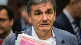 Greek Finance Minister Euclid Tsakalotos prior to the start of a Eurogroup Finance Ministers' meeting at the EU Council, in Brussels, Belgium. FILE PHOTO. EPA, OLIVIER HOSLET
