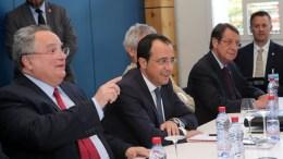 File Photo: Ο Πρόεδρος της Κυπριακής Δημοκρατίας, Νίκος Αναστασιάδης, ο υπουργός Εξωτερικών Νίκος Κοτζιάς, και ο Νίκος Χριστοδουλίδης, στη Διάσκεψη για την Κύπρο, στο Κραν Μοντανά της Ελβετίας. ΚΥΠΕ, ΚΑΤΙΑ ΧΡΙΣΤΟΔΟΥΛΟΥ