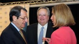 Ο Πρόεδρος Νίκος Ααναστασιάδης, ο κ. Νίκος Κοτζιάς και η κ. Μογκερίνι στη Διάσκεψη για το Κυπριακό στο Crans Montana της Ελβετίας, στην παρουσία του Γενικού Γραμματέα του ΟΗΕ Αντόνιο Γκουτέρες, Πέμπτη 6 Ιουλίου 2017. ΚΥΠΕ, ΚΑΤΙΑ ΧΡΙΣΤΟΔΟΥΛΟΥ