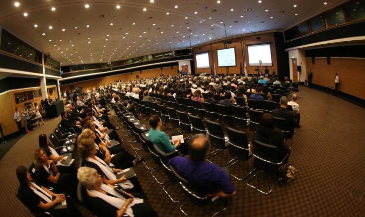 Εξέχοντα μέλη του εβραϊκού λόμπι με μηνύματα στο συνέδριο Αποδήμων εξαίρουν τις σχέσεις Κύπρου-Ισραήλ. Φωτογραφία ΚΥΠΕ.