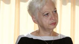 H επικεφαλής του Κινήματος Αλληλεγγύη Ελένη Θεοχάρους. Φωτογραφία ΚΥΠΕ.