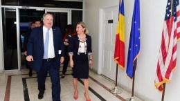 ΗΠΑ ΤΕΤΡΑΜΕΡΗΣ ΣΥΝΑΝΤΗΣΗ ΥΠΟΥΡΓΩΝ ΕΞΩΤΕΡΙΚΩΝ ΕΛΛΑΔΟΣ- ΒΟΥΛΓΑΡΙΑΣ- ΚΡΟΑΤΙΑΣ ΚΑΙ ΡΟΥΜΑΝΙΑΣ    Ο υπουργός Εξωτερικών Νίκος Κοτζιάς προσέρχεται για τη συνάντηση με τους ομολόγους του, της Βουλγαρίας, Ekaterina Zaharieva, της Κροατίας, Marija Pejcinovic Buric και της Ρουμανίας, Teodor Melescanu, στο πλαίσιο των εργασιών της 72ης Συνόδου της Γενικής Συνέλευσης του ΟΗΕ, την Παρασκευή 22 Σεπτεμβρίου 2017, στην έδρα των Ηνωμένων Εθνών στη Νέα Υόρκη. ΑΠΕ-ΜΠΕ/ΑΠΕ-ΜΠΕ/ΠΑΝΑΓΟΣ ΔΗΜΗΤΡΗΣ