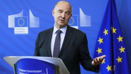 Pierre Moscovici, European Commissioner for Economic and Financial Affairs, Taxation and Customs gives a press briefing. EPA/OLIVIER HOSLET