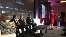 Ο υπουργός Ψηφιακής Πολιτικής, Τηλεπικοινωνιών και Ενημέρωσης, Νίκος Παππάς (2Α) στο πάνελ, μαζί με την Arianna Huffington του Huffington Post (Α), τον Steve Huffman του Reddit (Κ), τον Reid Hoffman του Linkedin (2Α), και την Εκτελεστική Αντιπρόεδρο του Berggruen Institute, Dawn Nakagawa (Α), στο forum «Global Progress (Παγκόσμια Πρόοδος) 2017», την Κυριακή 17 Σεπτεμβρίου 2017, μια διοργάνωση που δικτυώνει προοδευτικά think tanks, πρωτοβουλίες, ινστιτούτα και κινήσεις από όλο τον κόσμο. Φέτος, το «Global Progress» πραγματοποιείται -για δεύτερη χρονιά- στο Μόντρεαλ του Καναδά, συγκεντρώνοντας 200 εκπροσώπους από 20 χώρες. ΑΠΕ-ΜΠΕ, ΓΓ ΕΝΗΜΕΡΩΣΗΣ, STR