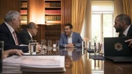 FILE PHOTO: Ο πρωθυπουργός Αλέξης Τσίπρας (Κ) συναντήθηκε με το προεδρείο της Γενικής Συνομοσπονδίας Επαγγελματιών Βιοτεχνών και Εμπόρων Ελλάδος, Παρασκευή 1 Σεπτεμβρίου 2017. ΑΠΕ-ΜΠΕ, ΓΡΑΦΕΙΟ ΤΥΠΟΥ ΠΡΩΘΥΠΟΥΡΓΟΥ, Andrea Bonetti