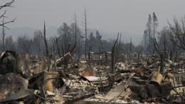 Destroyed homes in a neighborhood in Santa Rosa, California, USA, 10 October 2017. Multiple wildfires are scattered throughout Napa, Sonoma and Mendocino counties, leaving at least 15 people dead and destroying homes and businesses in their path. EPA, JOHN G. MABANGLO