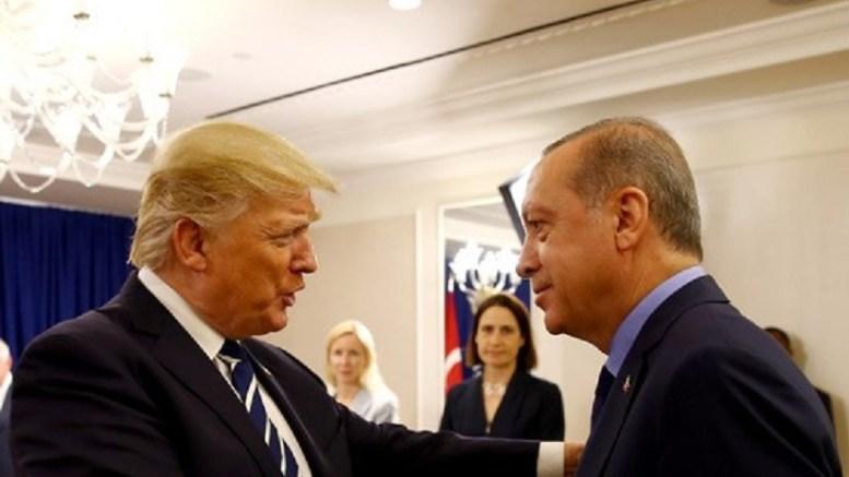 O Ερντογάν συναντάται με τον Αμερικανό ομόλογό του Τραμπ. Φωτογραφία τουρκική προεδρία.