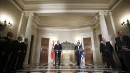 File Photo: Ο πρωθυπουργός Αλέξης Τσίπρας (Δ) με τον Πρόεδρο της Τουρκίας Ρετζέπ Ταγίπ Ερντογάν (Recep Tayyip Erdogan) (Α) στο Μέγαρο Μαξίμου, Πέμπτη 7 Δεκεμβρίου 2017. ΑΠΕ-ΜΠΕ, ΑΛΕΞΑΝΔΡΟΣ ΒΛΑΧΟΣ