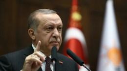 Φωτογραφία Αρχείου Turkish President Recep Tayyip Erdogan addressing members of parliament from his ruling Justice and Development Party (AKP) in Ankara, Turkey. EPA, TURKISH PRESIDENTAL PRESS OFFICE HANDOUT, EDITORIAL USE ONLY