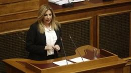 Η Φώφη Γεννηματά στη Βουλή. ΑΠΕ-ΜΠΕ/ΑΛΕΞΑΝΔΡΟΣ ΒΛΑΧΟΣ