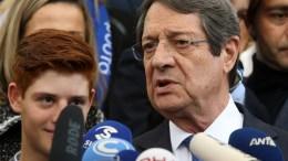 Ο Πρόεδρος της Δημοκρατίας και υποψήφιος Νίκος Αναστασιάδης μετά την άσκηση του εκλογικού του δικαιώματος,  Λεμεσός 4 Φεβρουαρίου 2018. ΚΥΠΕ, ΚΑΤΙΑ ΧΡΙΣΤΟΔΟΥΛΟΥ