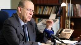 Ο Υπουργός Εξωτερικών κ. Ιωάννης Κασουλίδης, μιλά στην αρχισυντάκτρια του ΚΥΠΕ Μαρία Μάιλς, Λευκωσία 22 Φεβρουαρίου 2018. ΚΥΠΕ, ΚΑΤΙΑ ΧΡΙΣΤΟΔΟΥΛΟΥ