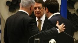 Ο Πρόεδρος της Δημοκρατίας κ. Νίκος Αναστασιάδης, ο Πρωθυπουργός της Ελλάδας κ. Αλέξης Τσίπρας και ο Πρωθυπουργός του Ισραήλ κ. Βενιαμίν Νετανιάχου σε γεύμα εργασίας στην Ιερουσαλήμ, ΓΤΠ, Χρ. ΑΒΡΑΑΜΙΔΗΣ