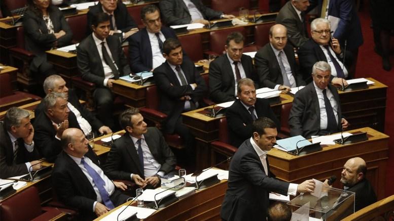 Ο πρωθυπουργός Αλέξης Τσίπρας ψηφίζει κατά την διάρκεια της ψηφοφορίας επί της προτάσεως της κυβερνητικής πλειοψηφίας για τη συγκρότηση επιτροπής προκαταρκτικής εξέτασης για την υπόθεση NOVARTIS, στην Ολομέλεια της Βουλής, Πέμπτη 22 Φεβρουαρίου 2018. ΑΠΕ-ΜΠΕ, ΑΛΕΞΑΝΔΡΟΣ ΒΛΑΧΟΣ